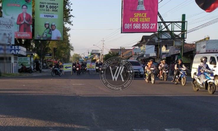 Arus+lalu+lintas+dari+arah+Bantul+menuju+Kota+Yogya+dialihkan+ke+Kasongan+dan+Madukismo
