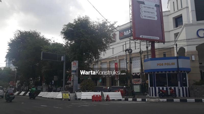 Penataan+pedestrian+Jalan+Sudirman+segmen+Galeria+-+Gramedia