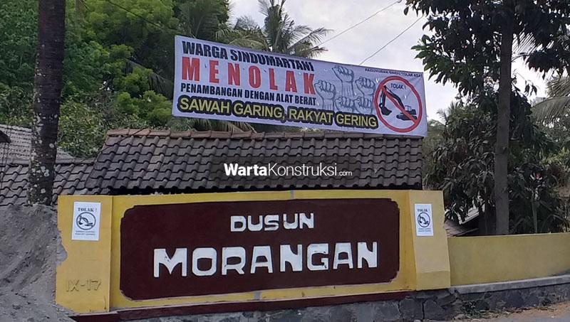 Warga+Morangan+menolak+penambangan+dengan+alat+berat