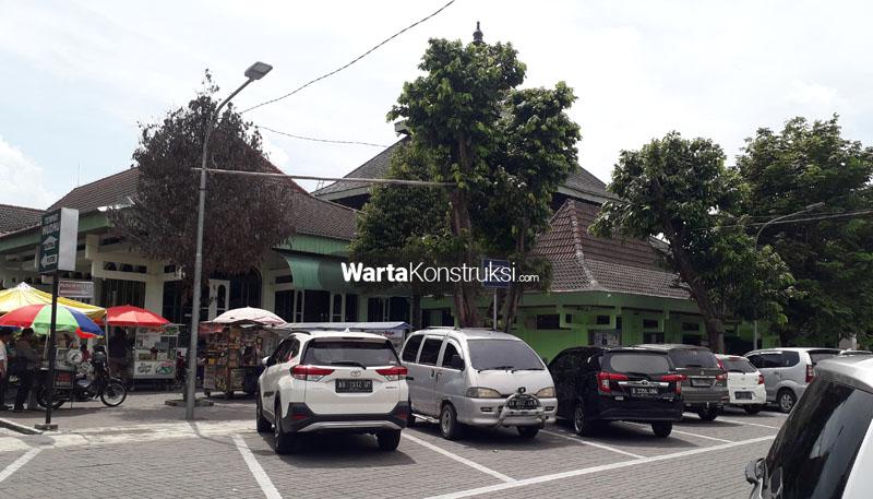 Kondisi+tempat+parkir+Masjid+Agung+Sleman+sekarang