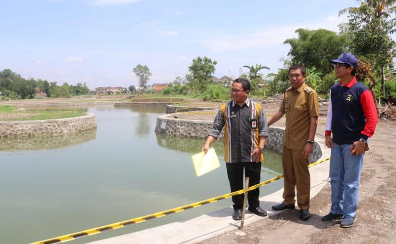 Wali+Kota+Yogyakarta+meninjau+embung+Giwangan